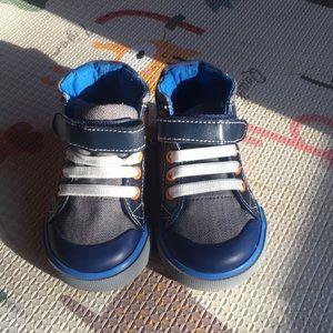 See Kai Run High top toddler sneakers